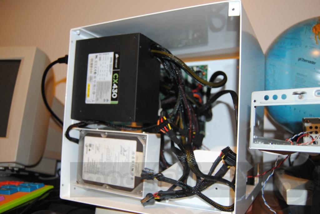 http://www.modaafoca.com/imagensmodaafoca/clientes/margarida/teaser012012.JPG