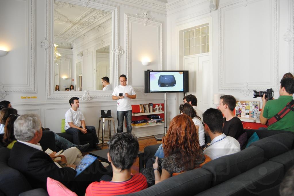 http://www.modaafoca.com/imagensmodaafoca/equipa/eventos/logitechlisbonhostel/Logitech2013.JPG