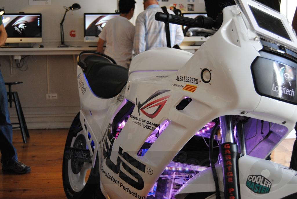 http://www.modaafoca.com/imagensmodaafoca/equipa/eventos/logitechlisbonhostel/Logitech2020.JPG