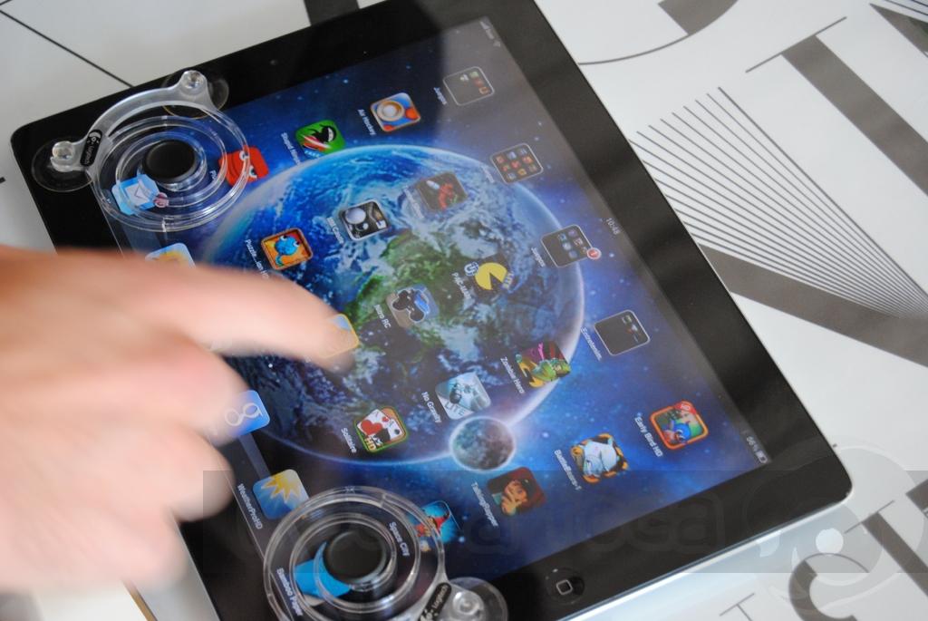 http://www.modaafoca.com/imagensmodaafoca/equipa/eventos/logitechlisbonhostel/Logitechprodutos27.JPG