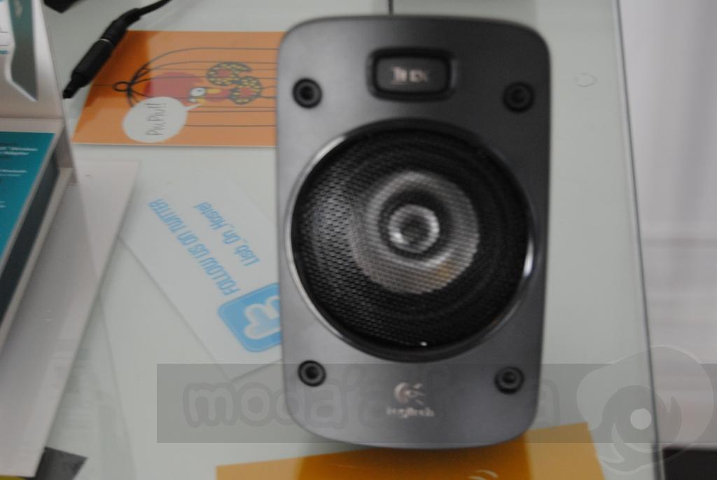 http://www.modaafoca.com/imagensmodaafoca/equipa/eventos/logitechlisbonhostel/Logitechprodutos67.JPG