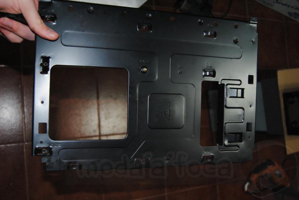 http://www.modaafoca.com/imagensmodaafoca/equipa/projectos/blackstormh406/28012012/blackstormh406sparky19.JPG