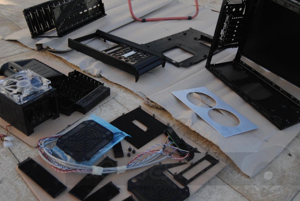 http://www.modaafoca.com/imagensmodaafoca/equipa/projectos/blackstormh406/29012012/blackstormh406bluecaseshow05.JPG