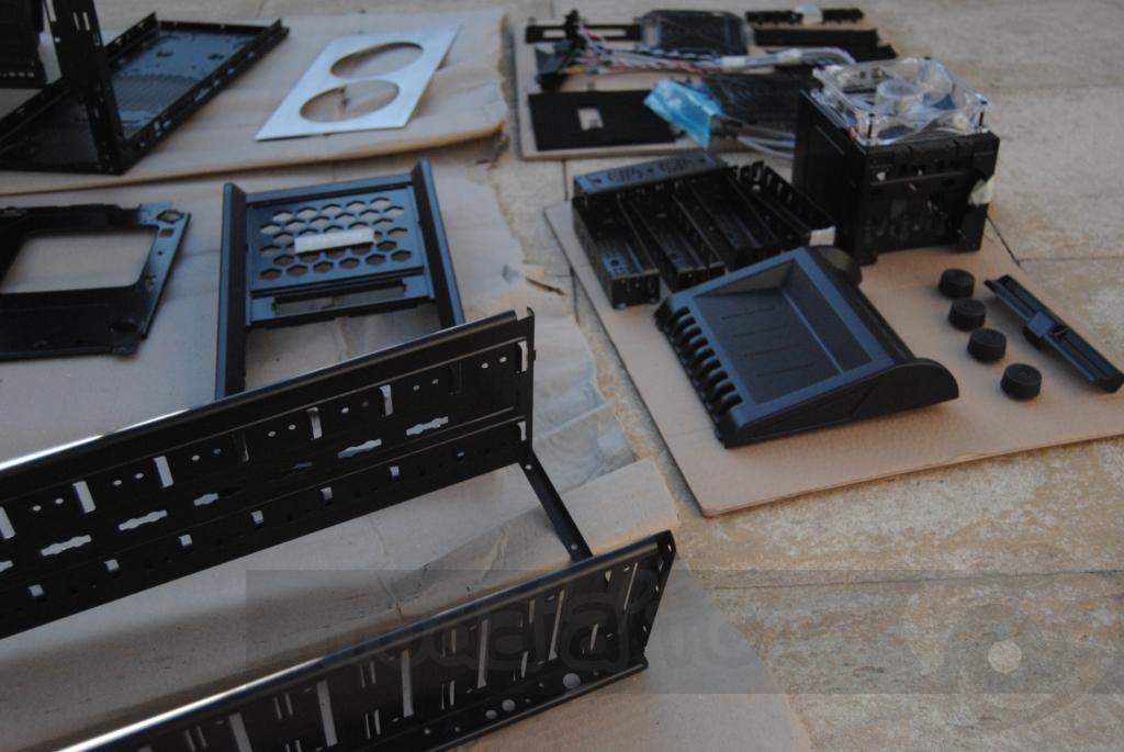 http://www.modaafoca.com/imagensmodaafoca/equipa/projectos/blackstormh406/29012012/blackstormh406bluecaseshow13.JPG