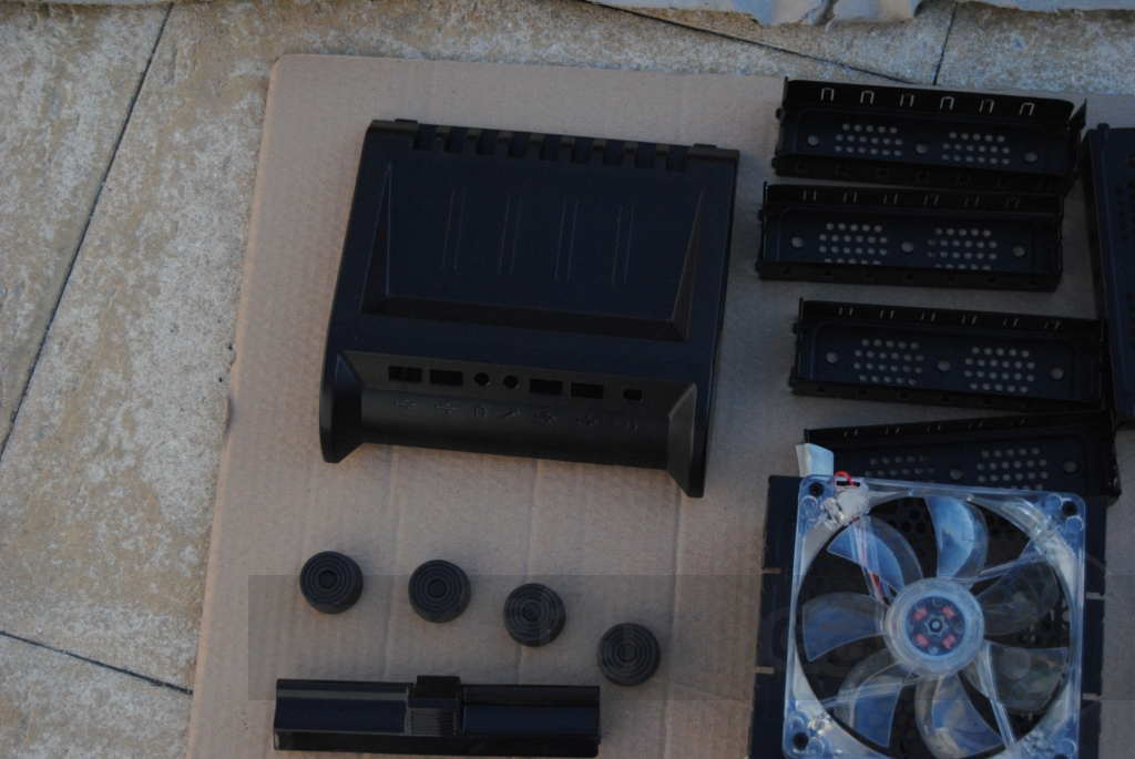 http://www.modaafoca.com/imagensmodaafoca/equipa/projectos/blackstormh406/29012012/blackstormh406bluecaseshow16.JPG