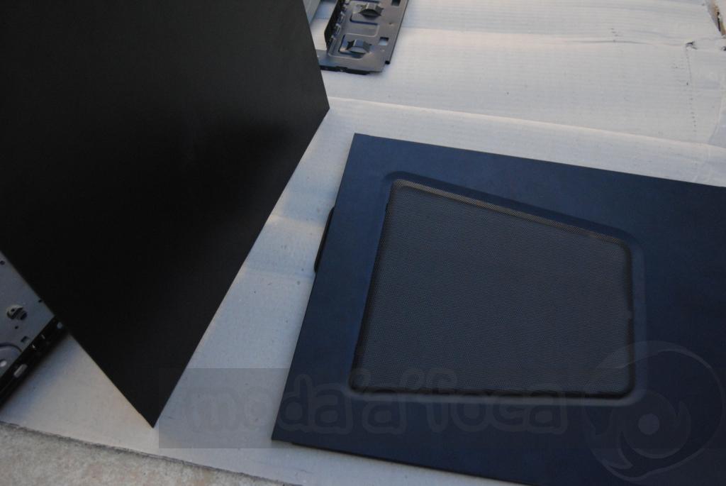 http://www.modaafoca.com/imagensmodaafoca/equipa/projectos/blackstormh406/29012012/blackstormh406bluecaseshow19.JPG